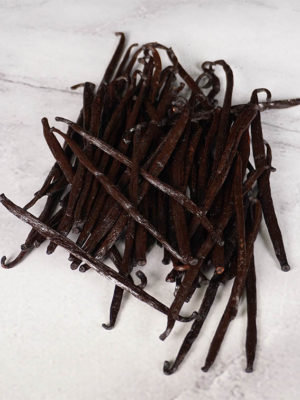 loose Madagascar vanilla beans