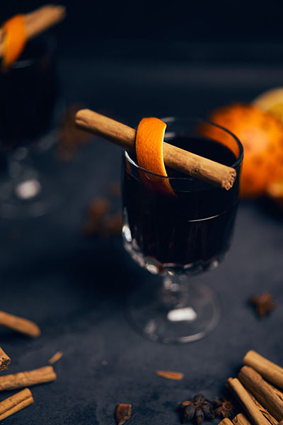 mulled wine with vanilla added